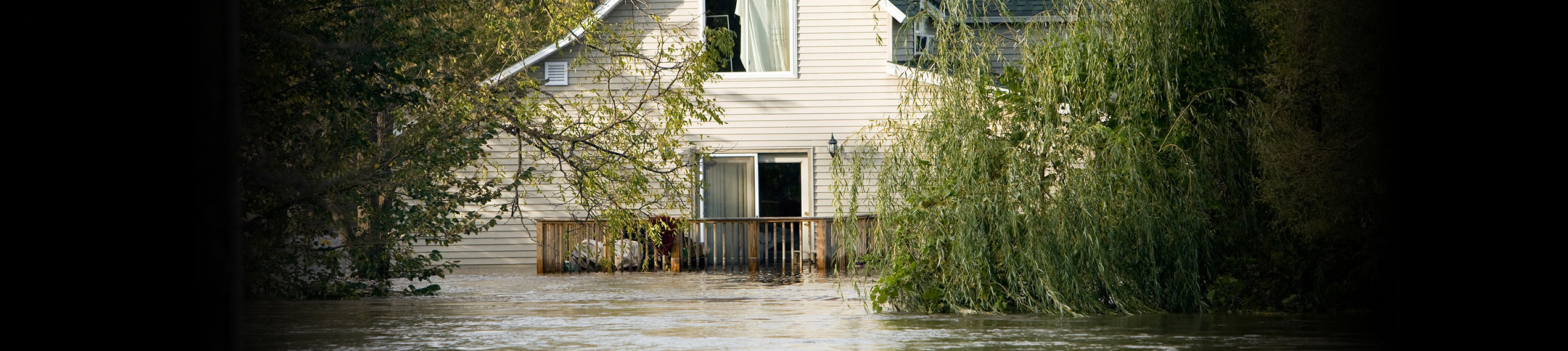 Water & Flood Damage Removal Services in Paul Davis Emergency Services of Delaware County OH